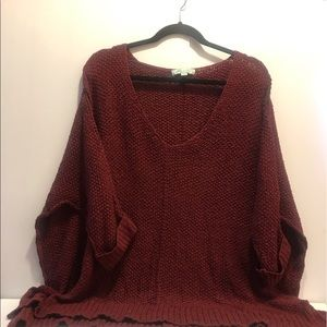 Burgundy super cute sweater